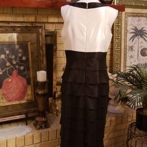 Jessica Howard Dresses - Jessica Howard  Scalloped Formal Gown, Size 10